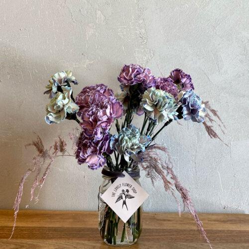 Blue + purple tinted carnations