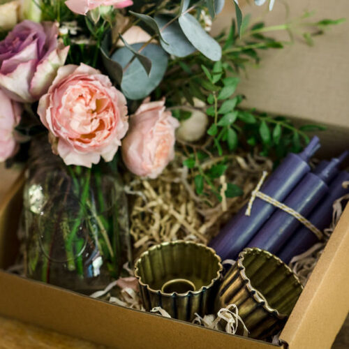 Gift Box Style 1 - Brass candle holder, candles + Flowers