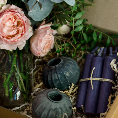 Gift Box Style 4 - Antique round candle holder, candles + Flowers