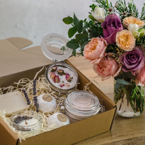 The ultimate pamper gift box
